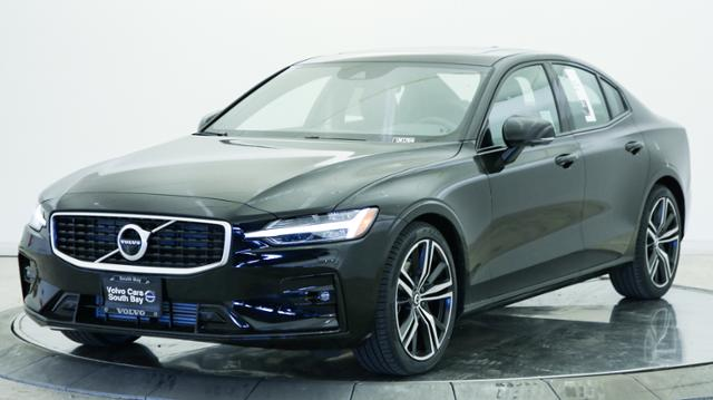 New 2019 Volvo S60 T5 FWD R-Design